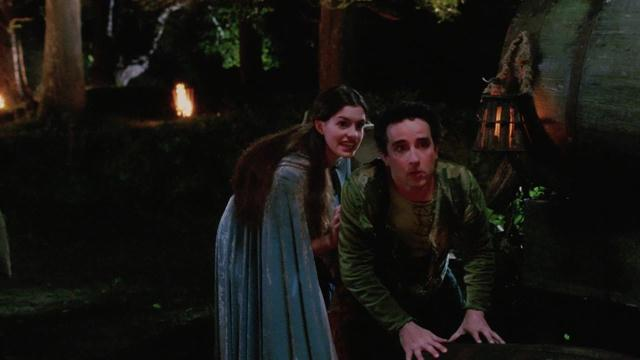 Ella Enchanted - An Elf's Welcome